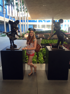 statues me