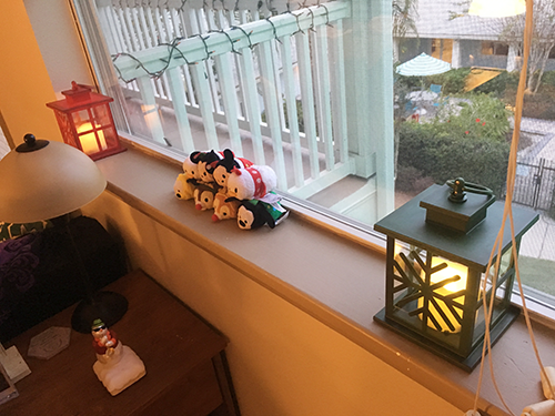 tsums and lantern