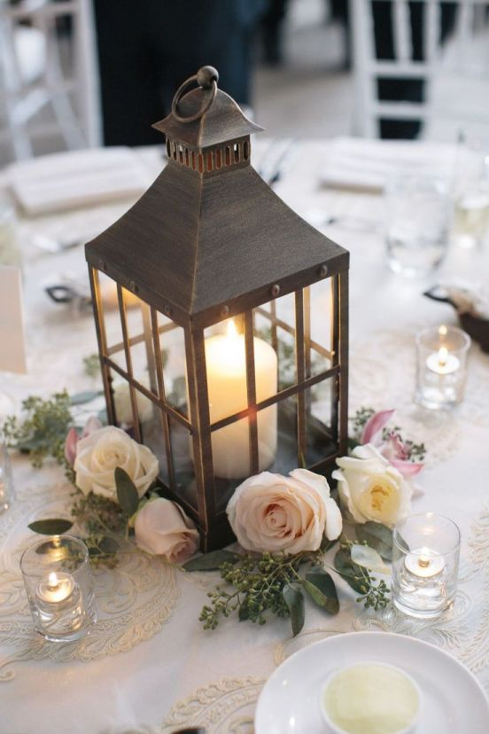 91a4c4fe27f2ddc1b232e95554a8ff66--wedding-lanterns-lantern-wedding-center-pieces
